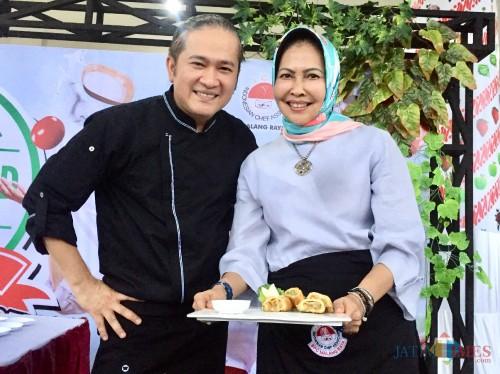 Masak Samosa Apel, Kolaborasi Chef Indonesia Chandra dan Wali Kota Batu Dapat Nilai Nyaris Sempurna
