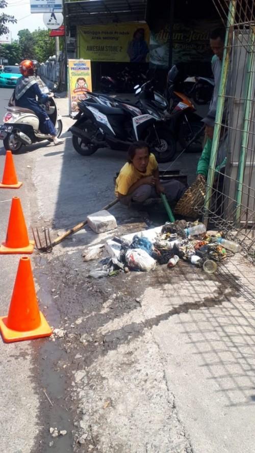 Antisipasi Banjir Memasuki Musim Hujan, Satgas DPUPR Normalisasi Saluran Air di 30 Titik