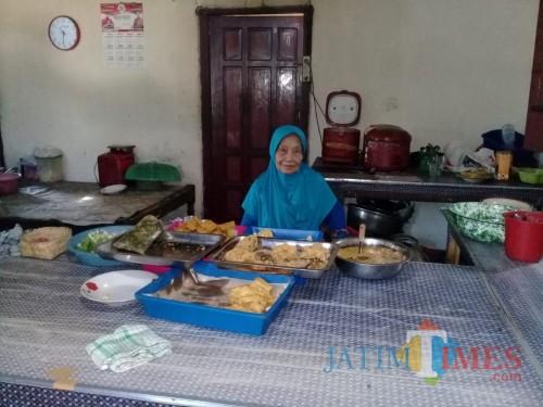 Sensasi Makan Masakan Ala Rumah Sendiri di Pecel Pawon Blitar