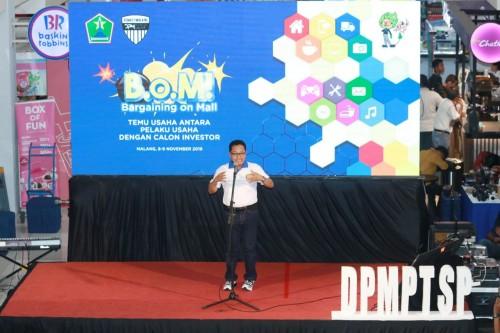 Wali Kota Malang Sutiaji saat menghadiri Bargaining on Mall (BOM) yang digelar DPMPTSP Kota Malang. (Humas Pemkot Malang).