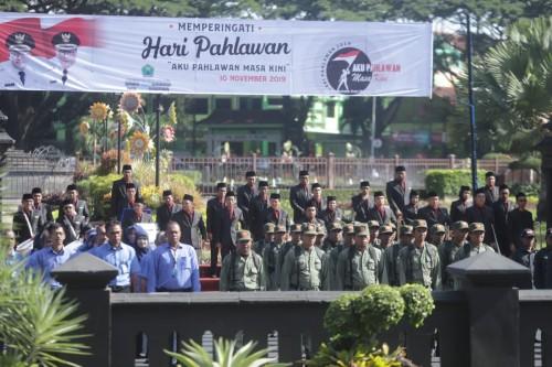 Suasana Upacara Peringatan Hari Pahlawan di halaman Balai Kota Malang (Humas Pemkot Malang for MalangTIMES).