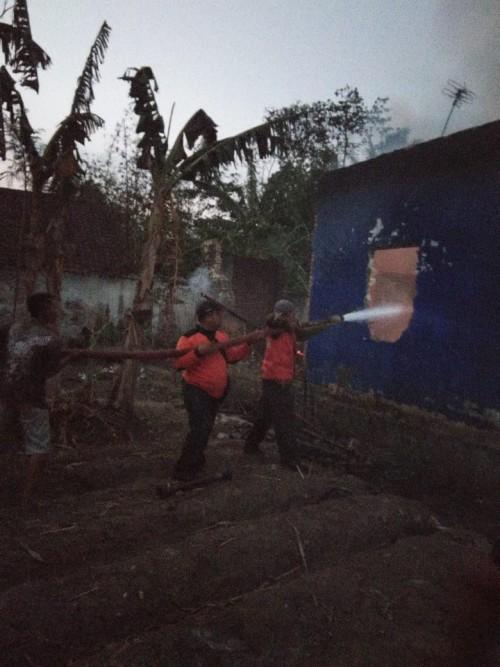 Konslet Listrik, Rumah di Turen Dilahap Si Jago Merah, Rp 500 Juta Melayang