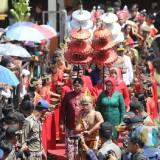 Warisan Budaya Siraman Gong Mbah Pradah Tarik Ribuan Wisatawan