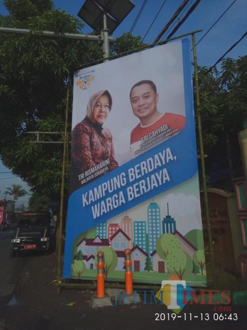 Baliho Smart City yang terpampang gambar Eri Cahyadi