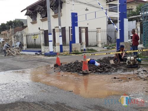 PDAM Kota Malang Pastikan Air Mati karena Kebocoran Pipa di Wilayah Perumahan Joyogrand Telah Tertangani
