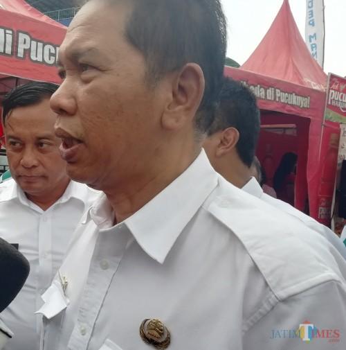 Pemkab Malang siap membantu apapun terkait rencana pembangunan tol Pakis-Kepanjen seperti yang disampaikan Sekda Disik Budi Muljono (Nana)