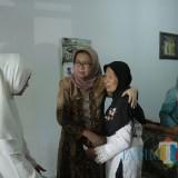 Wabup Lumajang Kunjungi Penderita Kanker di Sumber Anyar dan Membujuk Agar Mau Dioperasi