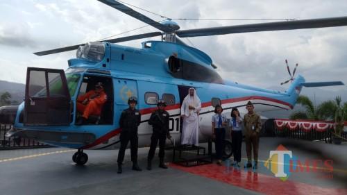 "Pesawat Puma SA 330 ""Helikopter Gajah"" Berhasil Mendarat di Museum Angkut Kota Batu"