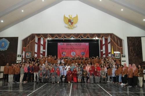 Gelar Seminar Nasional, Rektor Unikama Ungkap Pentingnya Profesi Guru di Era Digitalisasi