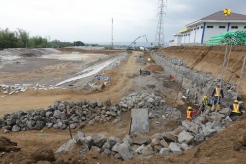 Pembangunan sanitary landfill di kawasan TPA Supit Urang Malang (Istimewa).
