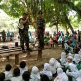 Melalui Outbound, Anggota Koramil 0808/04 Sanankulon Tanamkan Kedisiplinan Kepada Anak-anak TK