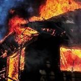 Menderita Strok, Seorang Nenek Penjual Pecel di Jember Tewas Terbakar di Tempat Tidur