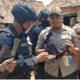 Ratusan Senjata Tajam berhasil diamankan Polisi di Desa Bira Barat Ketapang