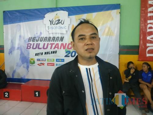 Ketua Umum PBSI Kota Malang, Heri Mursyid (Hendra Saputra)