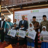 BMH Gerai Malang Salurkan 1000 Paket Pendidikan untuk Yatim Piatu dan Duafa se Malang Raya