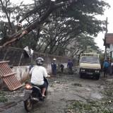 Angin Kencang Porak-porandakan Lebih dari 30 Rumah di Kabupaten Malang