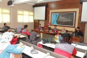 Bekali Mahasiswa Sambut Tantangan Perekonomian 5 Tahun ke Depan,  Unikama Gelar Students Conference