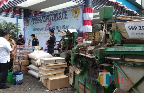 Barang kena cukai hasil penindakan di wilayah Kabupaten Malang beberapa waktu lalu. (dok MalangTIMES)