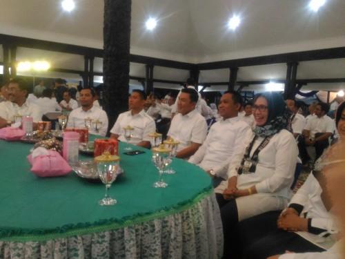 Acara pisah kenang Kapolres Lumajang malam ini, Sabtu 30/11 (Foto : Moch. R. Abdul Fatah / Jatim TIMES)