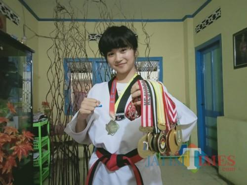 Pawestri 'Galuh' Budi Astuti, jagoan Taekwondo dari Blitar.(Foto :  Aunur Rofiq/BlitarTIMES)