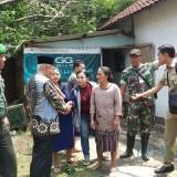 Bupati Malang Sambangi Desa Terdampak Angin Kencang, Warga Tak Kuasa Bendung Tangis