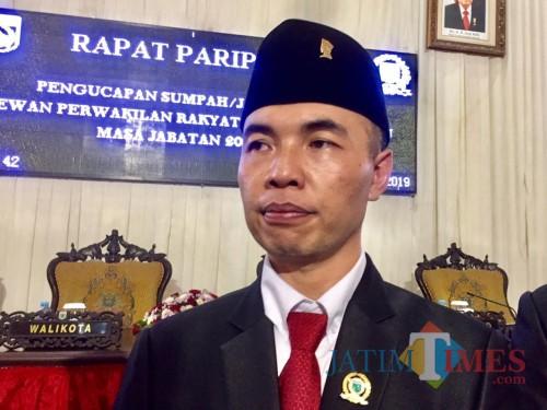 Ketua DPRD Kota Batu, Asmadi. (Foto: Irsya Richa/MalangTIMES)