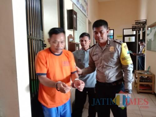 Tukar Motor dengan Ayam, Pria Ini Malah Meringkuk di Penjara
