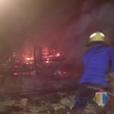 Korsleting Listrik Dini Hari, Rumah Pria 67 Tahun Asal Kabupaten Malang Ludes Terbakar