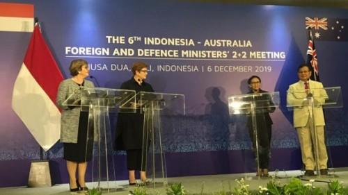 Dari kanan Menteri Pertahanan RI Prabowo Subianto dengan Menteri Luar Negeri (Menlu) Retno Marsudi, Menlu Australia Marisa Payne, dan Menhan Australia Linda Reynolds di pertemuan ke-6 kedua negara, BNDCC, Bali, Jumat (6/12/2019). (Foto: istimewa)