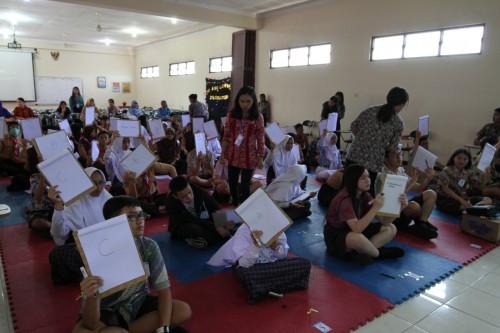 Para peserta yang tengah mengikuti olimpiade science di Unikama (Unikama for MalangTIMES)