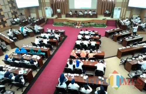 Suasana gedung DPRD Kabupaten Malang dalam persiapan pemilihan Wabup Malang beberapa bulan lalu (dok MalangTimes)