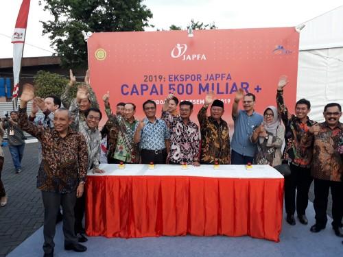 Mentan RI Syahrul Yasin Limpo ketika melepas produk ekspor di Japfaa Comfeed