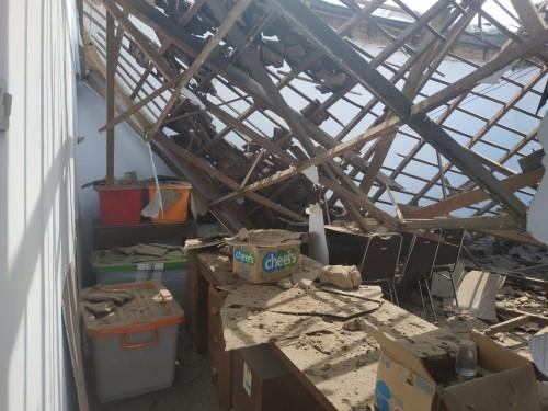 Atap kantor Bawaslu Kota Malang ambrol. (Foto: Istimewa)
