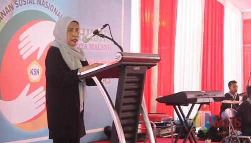 Plt Kepala Dinsos Kota Malang, Penny Indriani (Hendra Saputra)