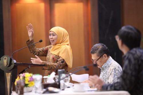 Gubernur Khofifah Jamin Stok Bahan Pokok Masyarakat Aman Jelang Tahun Baru