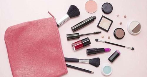 Beragam perlengkapan makeup. (Foto: istimewa)