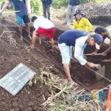 Badan Cagar Budaya Ekskavasi Tumpukan Bata Merah Diduga Peninggalan Kerajaan Singosari di Batu