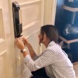 Saking Canggihnya, Nia Ramadhani Tak Bisa Buka Pintu Kamarnya