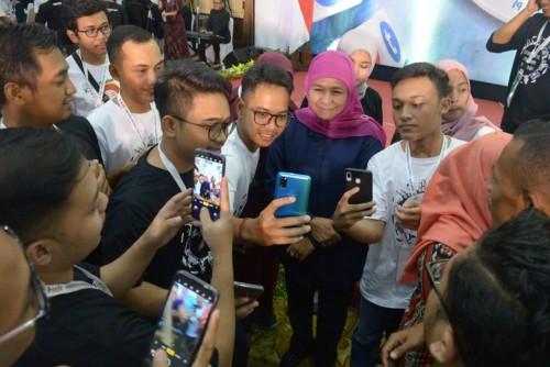 Gubernur Khofifah Ajak Influencer Jadi Speaker Wujudkan Jatim Harmoni