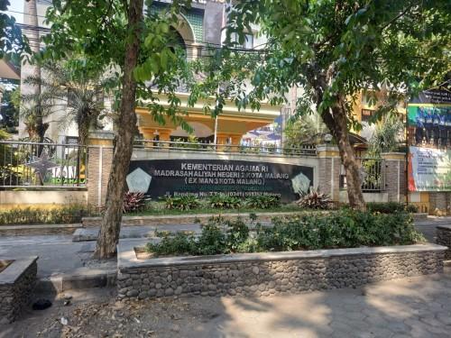 MAN 3 Kota Malang (Hendra Saputra)