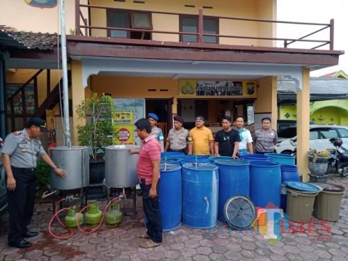 Kabupaten Malang Jadi Sasaran Peredaran Miras Setahun Polres Malang Ungkap Rata Rata 300 Kasus Jatim Times