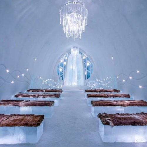 Suasana kamar Ice Hotel Winter (Foto: Instagram @icehotelsweden)