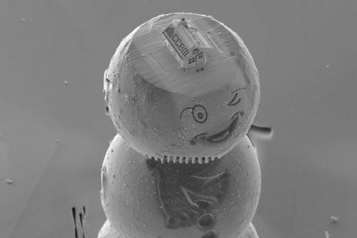 Sambut Perayaan Natal, Ilmuwan Ini Bikin Rumah Jahe Super Kecil di Dunia