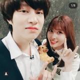 Resmi Berkencan, Ini Pasangan Idol K-Pop Pertama di 2020 yang Bikin K-popers Meleleh