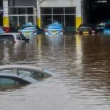 Mobil Usai Tergenang Banjir? Perhatikan Dua Hal Ini