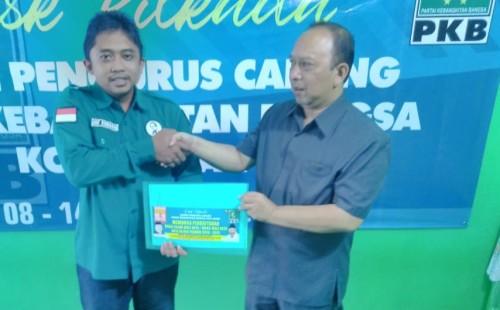 Ambil Formulir di DPC PKB, Totok Sugiarto Mantap Maju di Pilkada Kota Blitar