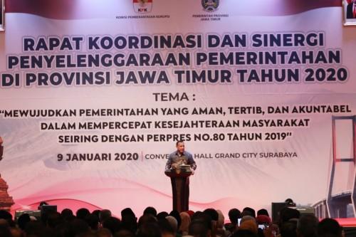 Ketua KPK RI, Firli Bahuri saat memberikan sambutan di Rakor dan Sinergi Penyelenggaraan Pemerintahan di Provinsi Jawa Timur, Kamis (9/1) (Foto: Humas Pemkot Malang)