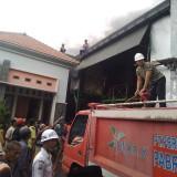 Kebakaran Gudang Mainan Anak-Anak di Jombang Diduga Akibat Korsleting Listrik