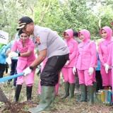 "Tandur Bareng Bersama Forkopimda di Buret, Kapolres Tulungagung Ingin Berikan ""Warisan"" Anak Cucu"