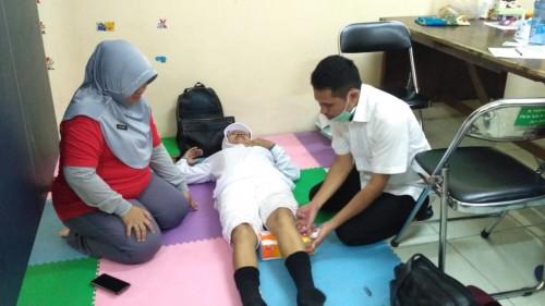 Lewat Terapi Rehab Medis, Dinkes Perhatikan Kesehatan Lansia
